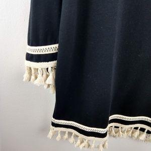 Harlowe & Graham Tops - Harlow & Graham Pompom Applique Knit Top Black L
